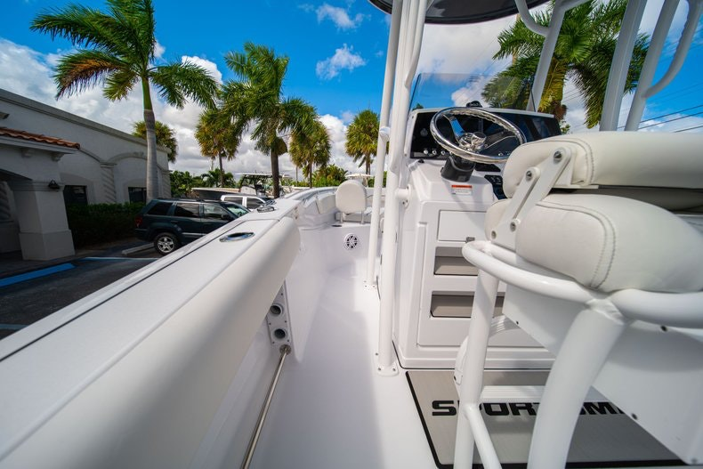 Thumbnail 18 for New 2020 Sportsman Open 212 Center Console boat for sale in West Palm Beach, FL