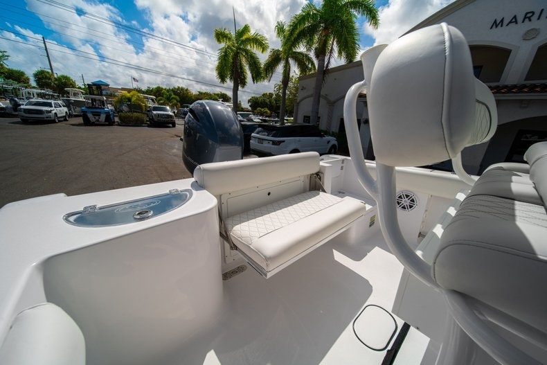 Thumbnail 10 for New 2020 Sportsman Open 212 Center Console boat for sale in West Palm Beach, FL