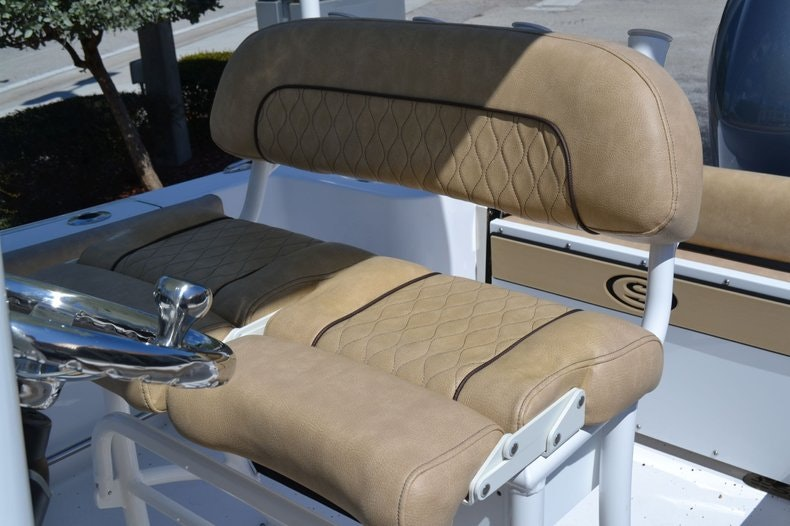 Thumbnail 13 for New 2020 Sportsman Open 212 Center Console boat for sale in Vero Beach, FL
