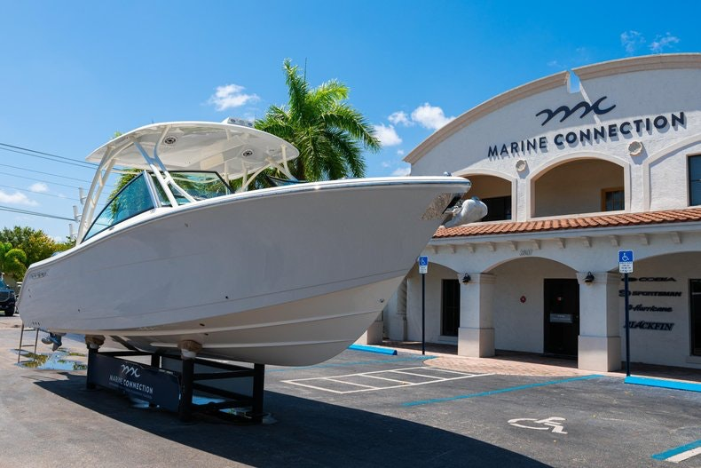 Thumbnail 1 for New 2020 Cobia 280 DC boat for sale in Vero Beach, FL