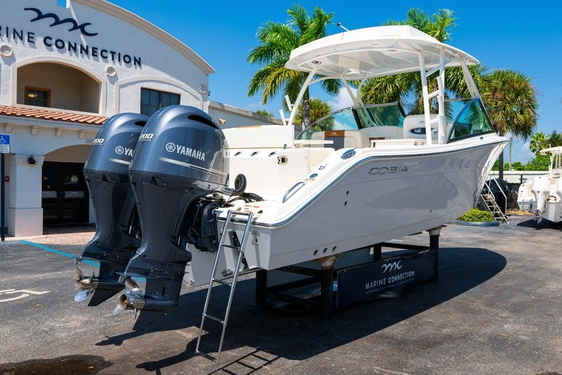 Thumbnail 7 for New 2020 Cobia 280 DC boat for sale in Vero Beach, FL
