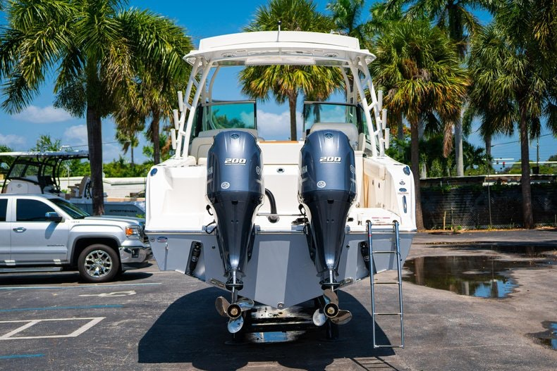 Thumbnail 6 for New 2020 Cobia 280 DC boat for sale in Vero Beach, FL