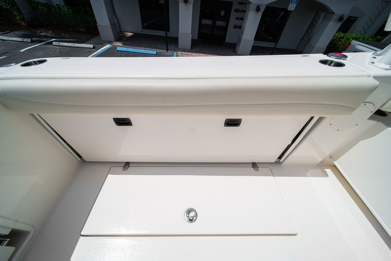 Thumbnail 14 for New 2020 Cobia 280 DC boat for sale in Vero Beach, FL