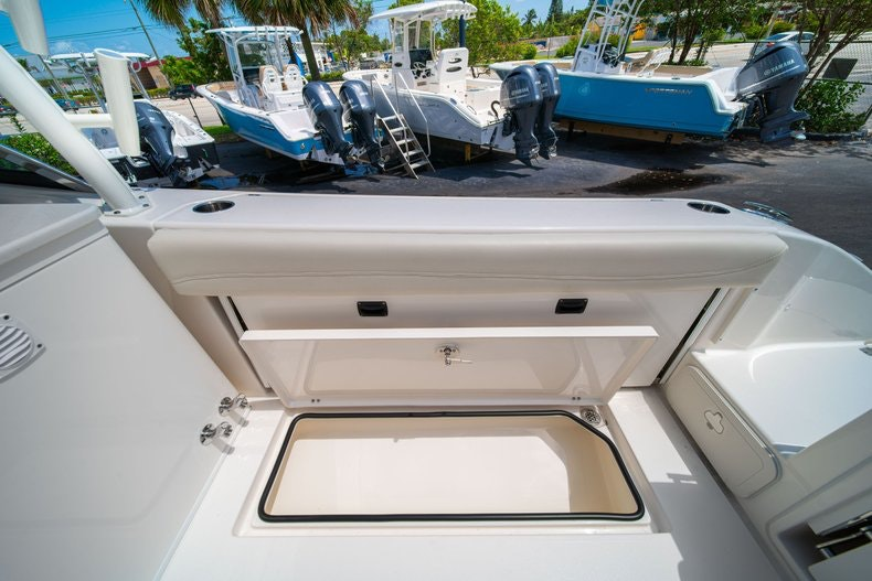 Thumbnail 13 for New 2020 Cobia 280 DC boat for sale in West Palm Beach, FL