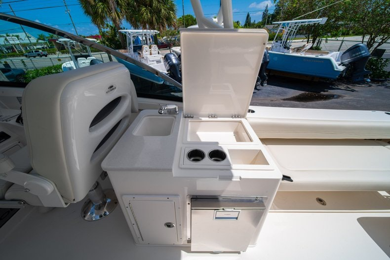 Thumbnail 23 for New 2020 Cobia 280 DC boat for sale in West Palm Beach, FL