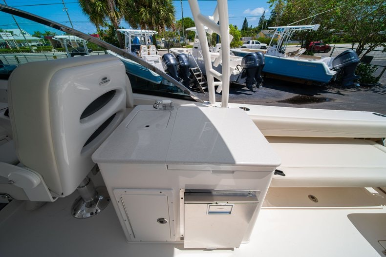 Thumbnail 22 for New 2020 Cobia 280 DC boat for sale in West Palm Beach, FL