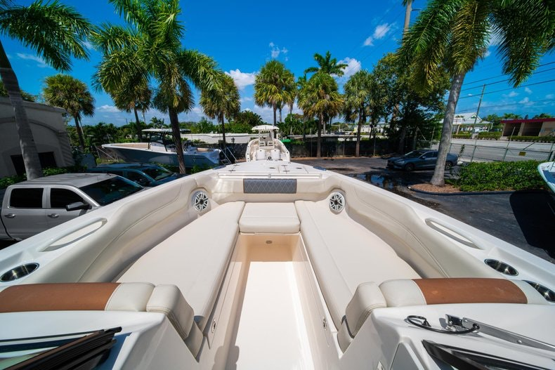 Thumbnail 41 for New 2020 Cobia 280 DC boat for sale in Vero Beach, FL