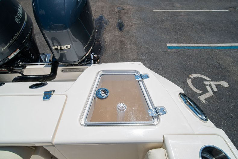 Thumbnail 18 for New 2020 Cobia 280 DC boat for sale in Vero Beach, FL