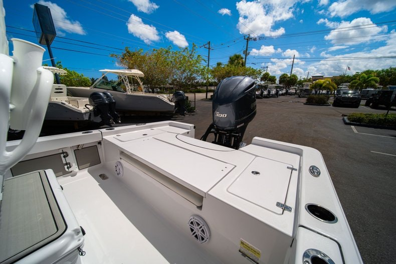 Thumbnail 13 for New 2020 Sportsman Masters 247 Bay Boat boat for sale in West Palm Beach, FL