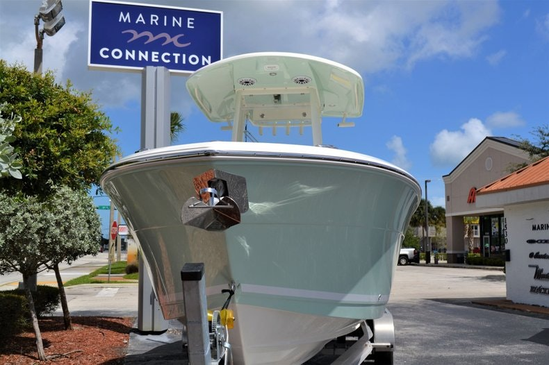 Thumbnail 2 for New 2020 Cobia 262 CC boat for sale in Vero Beach, FL