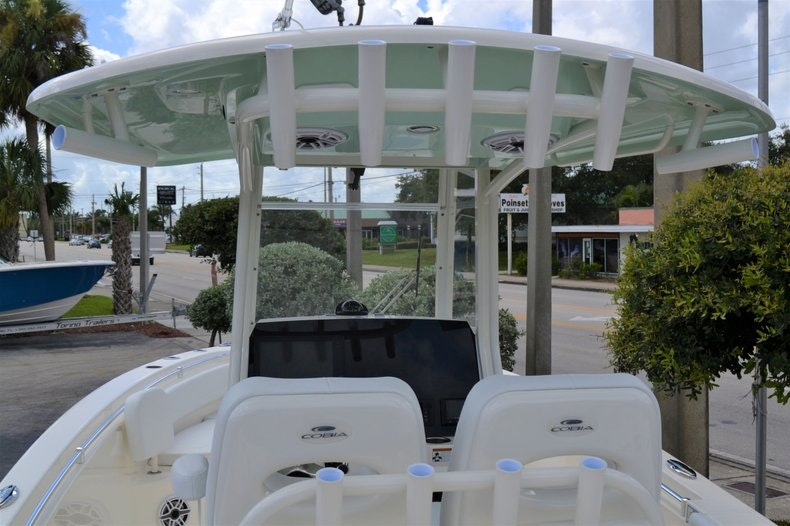 Thumbnail 11 for New 2020 Cobia 262 CC boat for sale in Vero Beach, FL