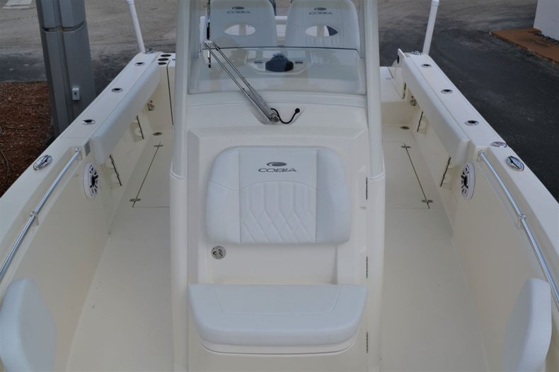 Thumbnail 16 for New 2020 Cobia 262 CC boat for sale in Vero Beach, FL