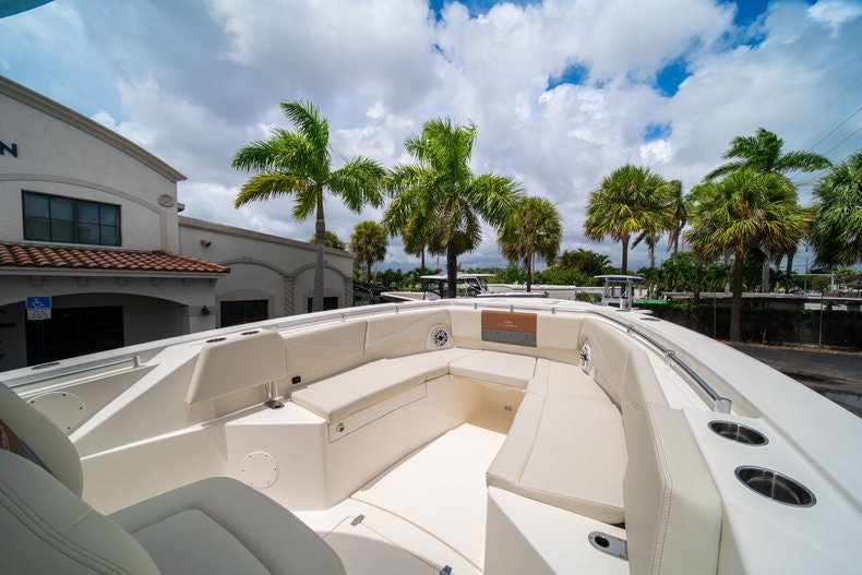 Thumbnail 39 for New 2020 Cobia 320 Center Console boat for sale in West Palm Beach, FL