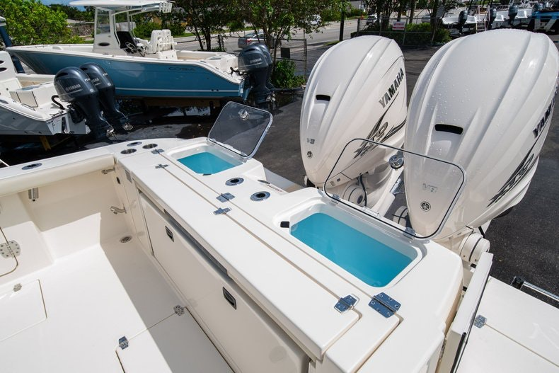 Thumbnail 9 for New 2020 Cobia 320 Center Console boat for sale in West Palm Beach, FL