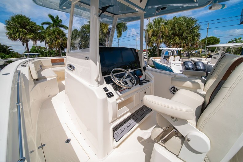 Thumbnail 29 for New 2020 Cobia 320 Center Console boat for sale in West Palm Beach, FL