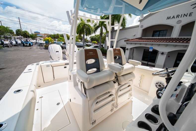 Thumbnail 33 for New 2020 Cobia 320 Center Console boat for sale in West Palm Beach, FL