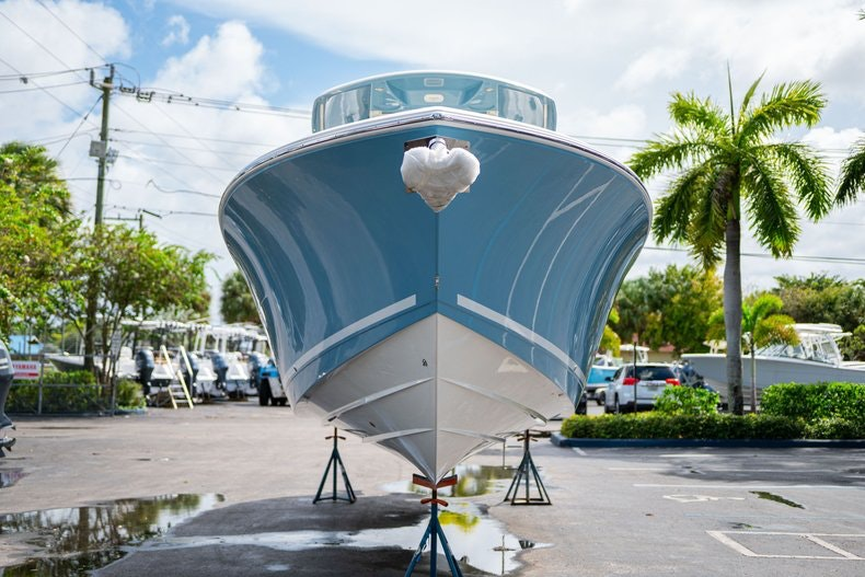 Thumbnail 2 for New 2020 Cobia 320 Center Console boat for sale in West Palm Beach, FL