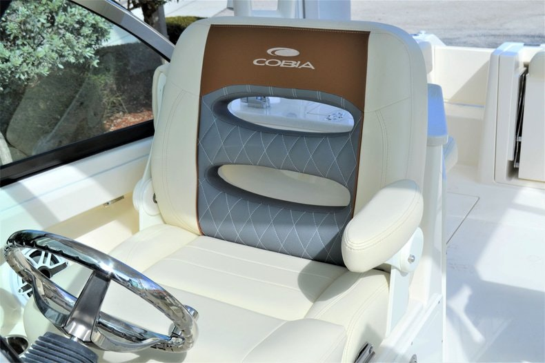Thumbnail 16 for New 2020 Cobia 240 DC boat for sale in West Palm Beach, FL