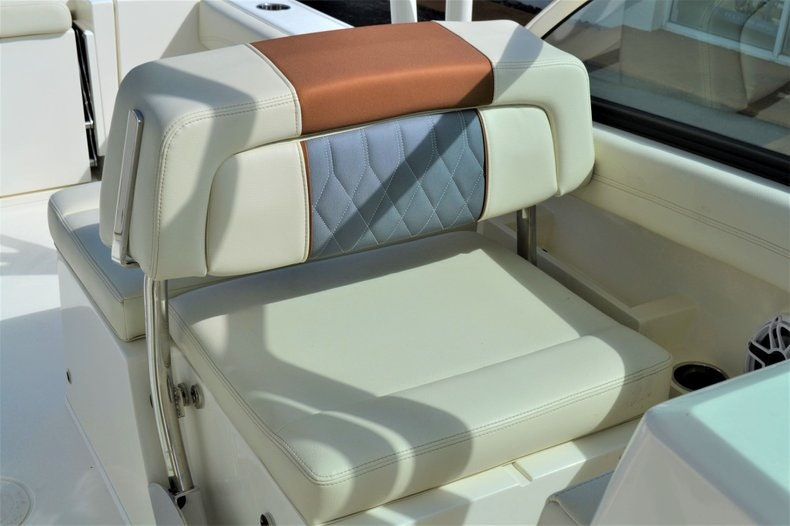 Thumbnail 17 for New 2020 Cobia 240 DC boat for sale in West Palm Beach, FL