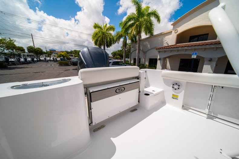 Thumbnail 13 for New 2020 Sportsman Open 232 Center Console boat for sale in West Palm Beach, FL