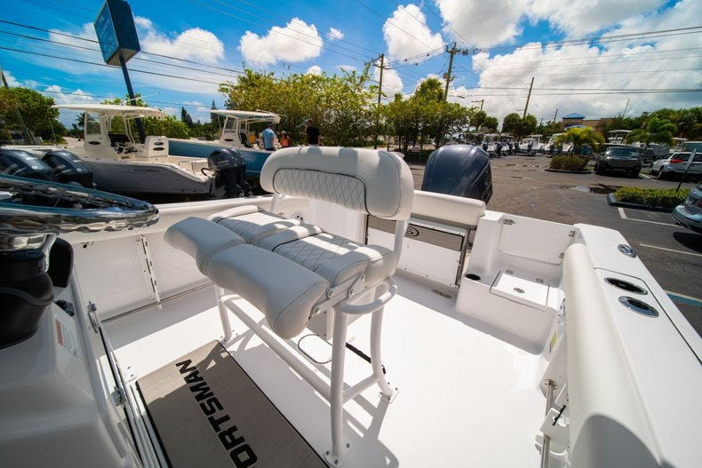 Thumbnail 32 for New 2020 Sportsman Open 232 Center Console boat for sale in West Palm Beach, FL