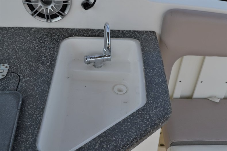 Thumbnail 25 for Used 2014 Hurricane SunDeck SD 2690 OB boat for sale in Vero Beach, FL