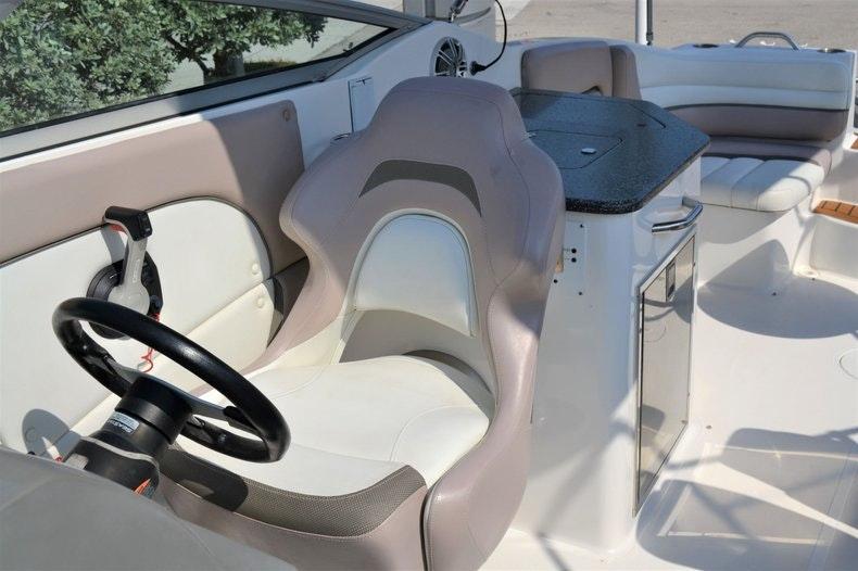Thumbnail 22 for Used 2014 Hurricane SunDeck SD 2690 OB boat for sale in Vero Beach, FL