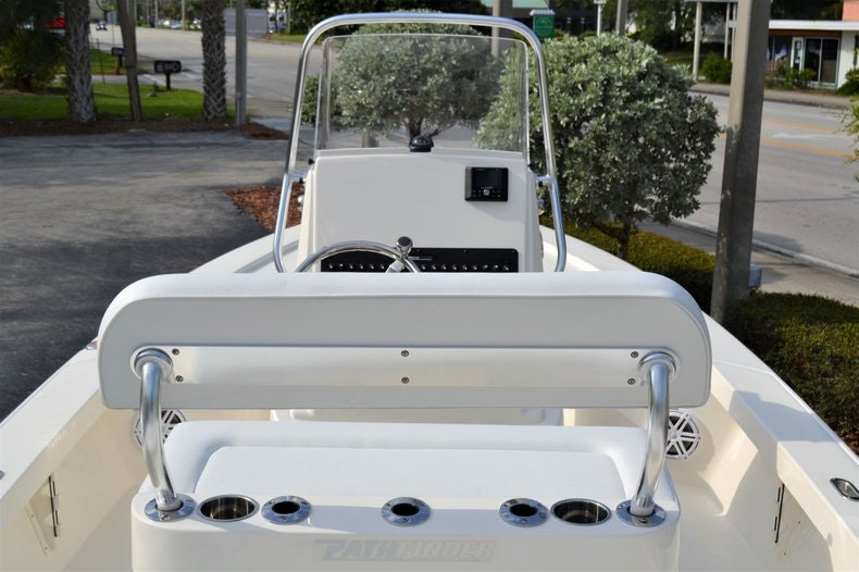 Thumbnail 10 for New 2020 Pathfinder 2300 HPS Bay Boat boat for sale in Vero Beach, FL