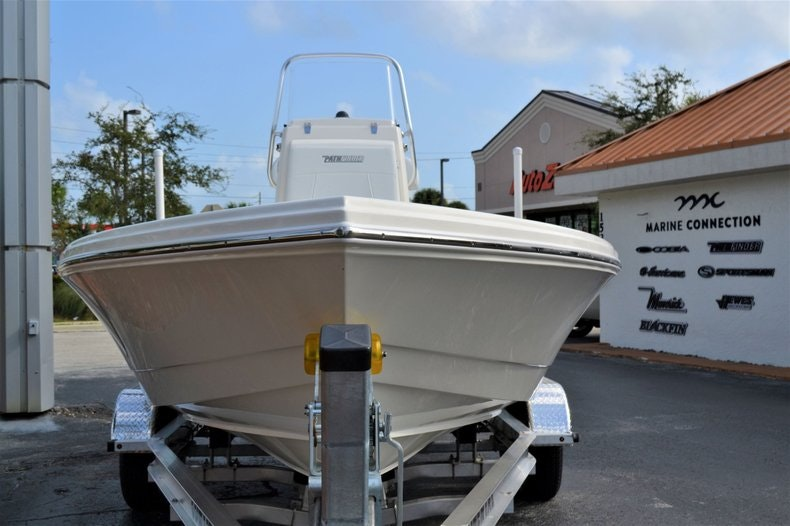 Thumbnail 2 for New 2020 Pathfinder 2300 HPS Bay Boat boat for sale in Vero Beach, FL