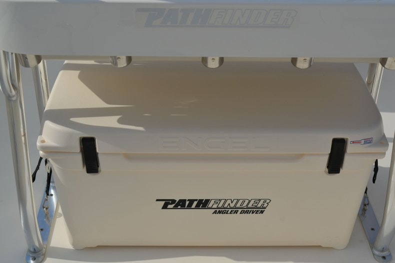 Thumbnail 11 for New 2020 Pathfinder 2300 HPS Bay Boat boat for sale in Vero Beach, FL