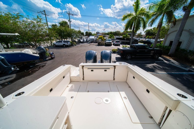 Thumbnail 7 for New 2020 Cobia 280 DC boat for sale in West Palm Beach, FL