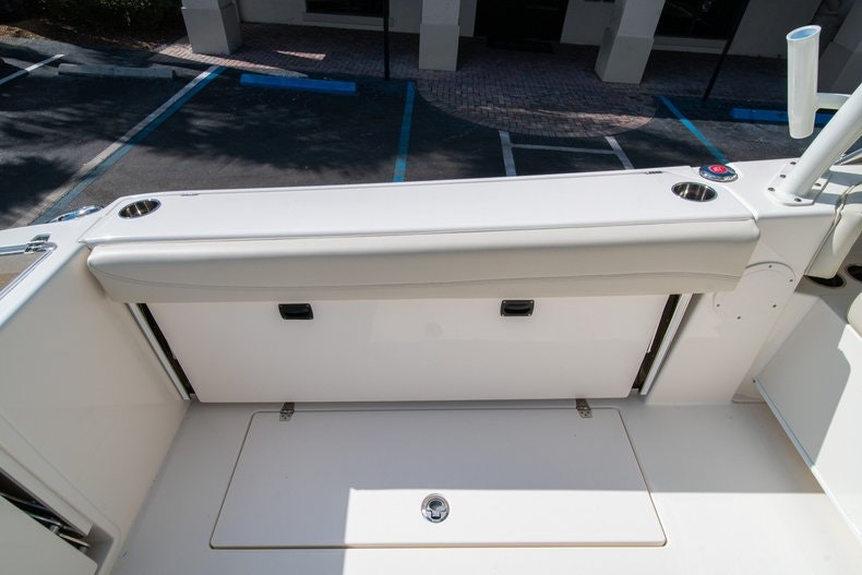 Thumbnail 18 for New 2020 Cobia 280 DC boat for sale in West Palm Beach, FL