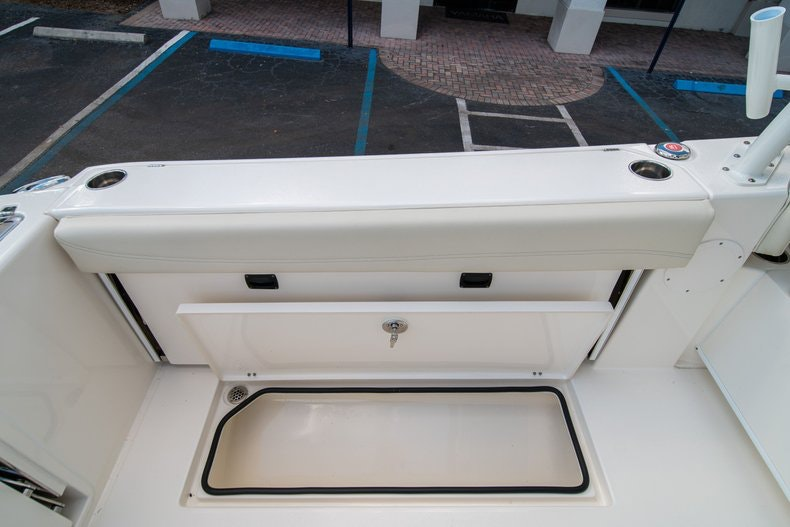 Thumbnail 19 for New 2020 Cobia 280 DC boat for sale in West Palm Beach, FL