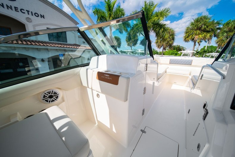 Thumbnail 27 for New 2020 Cobia 280 DC boat for sale in West Palm Beach, FL