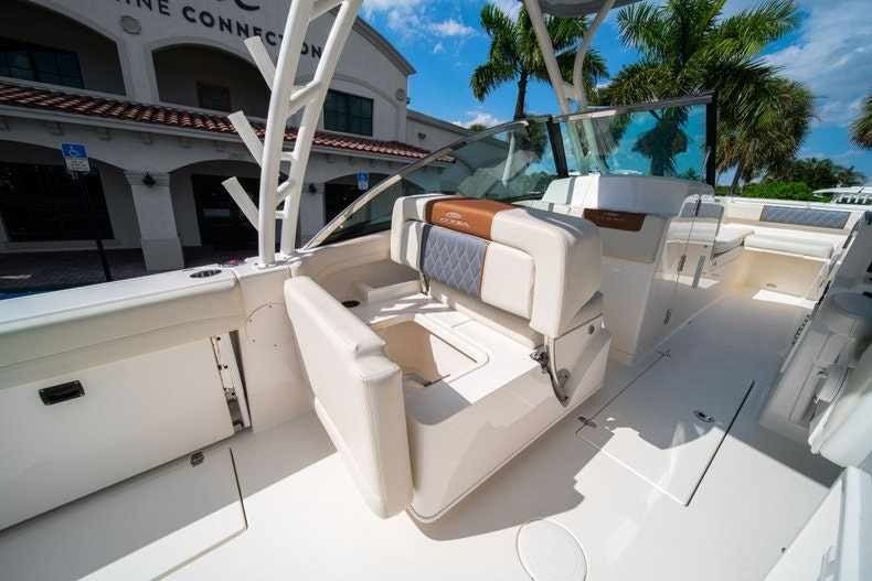 Thumbnail 26 for New 2020 Cobia 280 DC boat for sale in West Palm Beach, FL