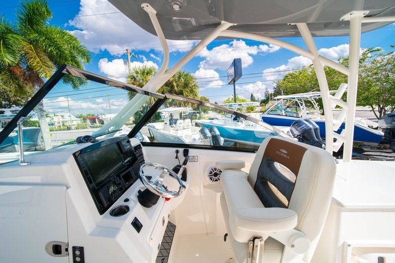 Thumbnail 33 for New 2020 Cobia 280 DC boat for sale in West Palm Beach, FL