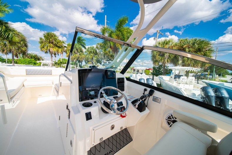 Thumbnail 30 for New 2020 Cobia 280 DC boat for sale in West Palm Beach, FL