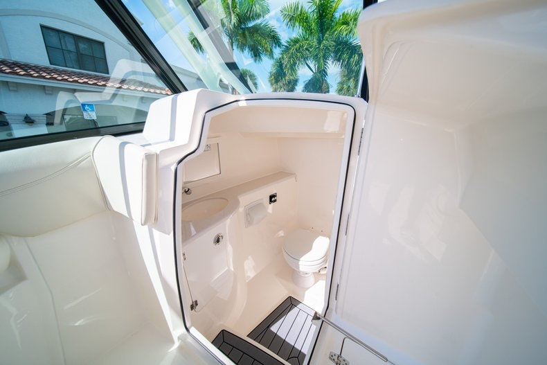 Thumbnail 28 for New 2020 Cobia 280 DC boat for sale in West Palm Beach, FL