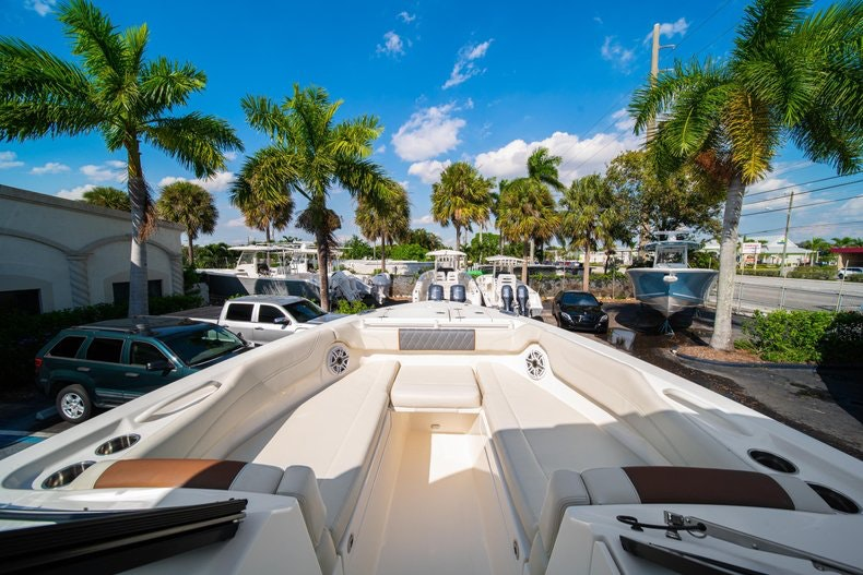 Thumbnail 42 for New 2020 Cobia 280 DC boat for sale in West Palm Beach, FL