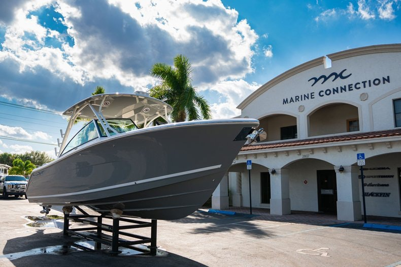 Thumbnail 1 for New 2020 Cobia 280 DC boat for sale in West Palm Beach, FL