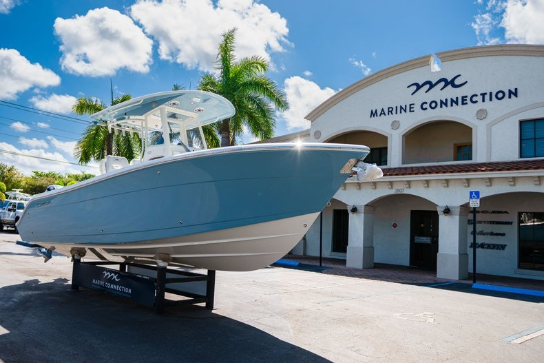 Thumbnail 1 for New 2020 Cobia 262 Center Console boat for sale in West Palm Beach, FL