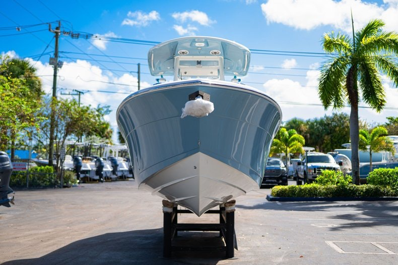 Thumbnail 2 for New 2020 Cobia 262 Center Console boat for sale in West Palm Beach, FL