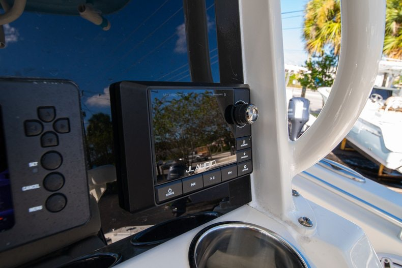 Thumbnail 21 for New 2020 Cobia 262 Center Console boat for sale in West Palm Beach, FL