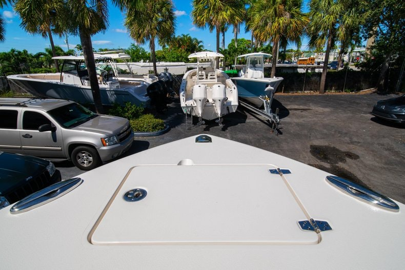 Thumbnail 38 for New 2020 Cobia 262 boat for sale in Miami, FL
