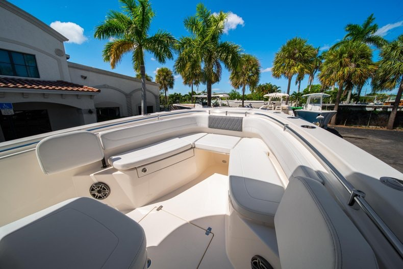 Thumbnail 34 for New 2020 Cobia 262 boat for sale in Miami, FL