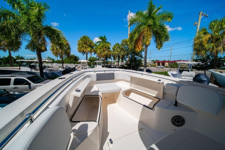 Thumbnail 37 for New 2020 Cobia 262 boat for sale in Miami, FL