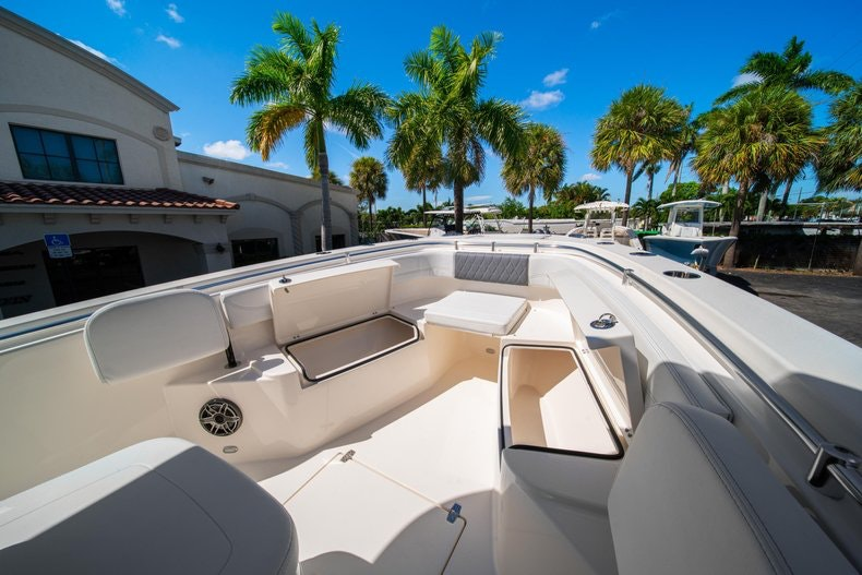 Thumbnail 35 for New 2020 Cobia 262 boat for sale in Miami, FL