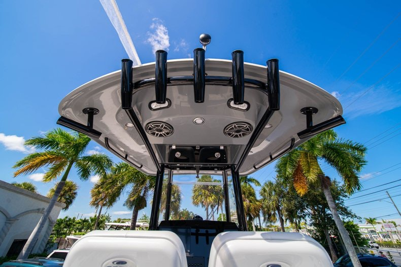 Thumbnail 20 for New 2020 Cobia 262 boat for sale in Miami, FL