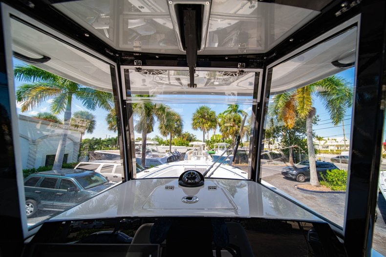 Thumbnail 27 for New 2020 Cobia 262 boat for sale in Miami, FL
