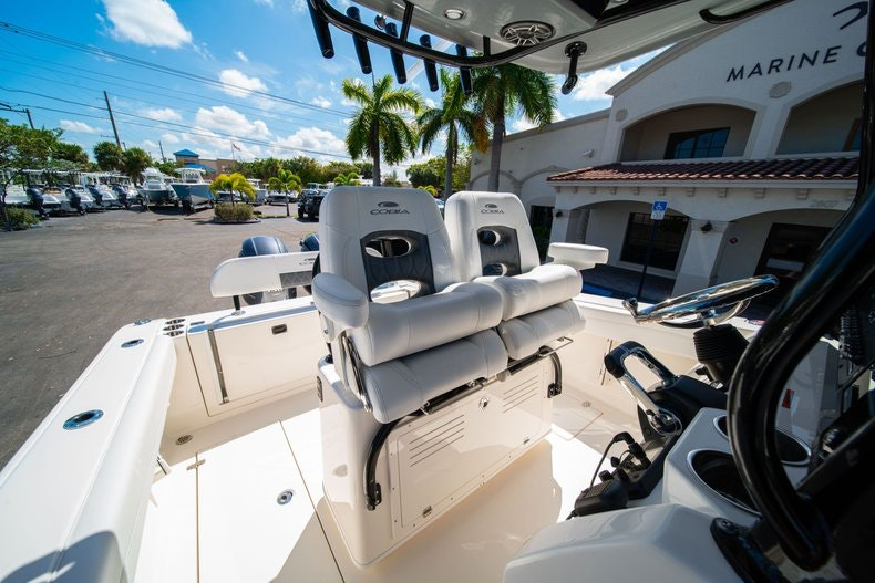 Thumbnail 28 for New 2020 Cobia 262 boat for sale in Miami, FL
